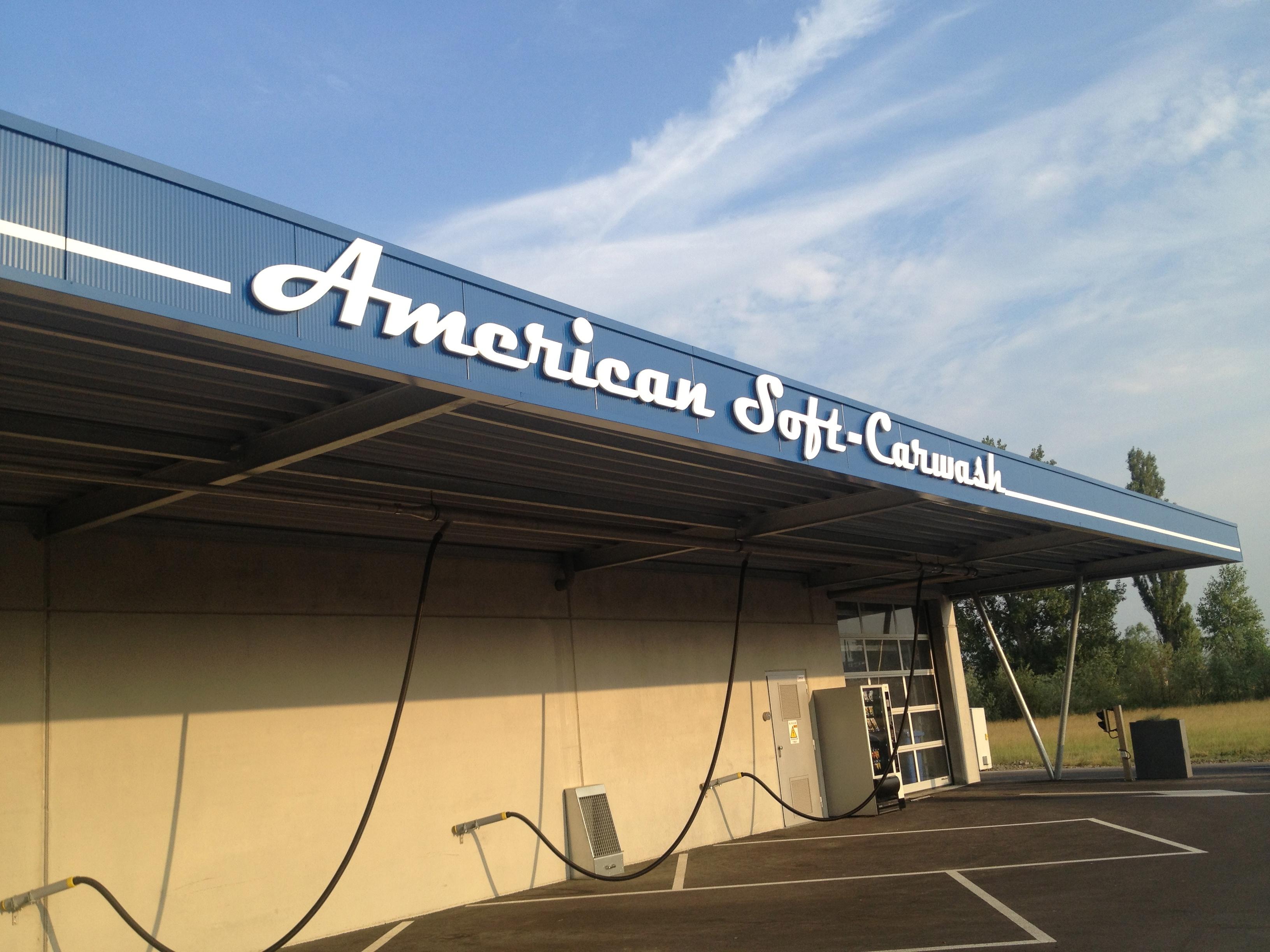 3D letters Amercian soft carwash